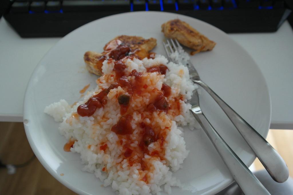 Ris, kyckling och Sweet Chili sås
